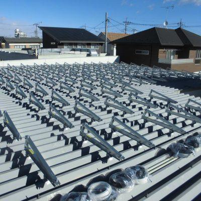太陽光発電システム設置工事中 さくら市 E様 15.92kw - 株式会社ソーラー・ブレス - 施工事例