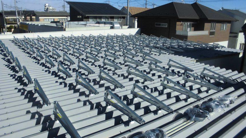 株式会社ソーラー・ブレス:太陽光発電システム設置工事中 さくら市 E様 15.92kw